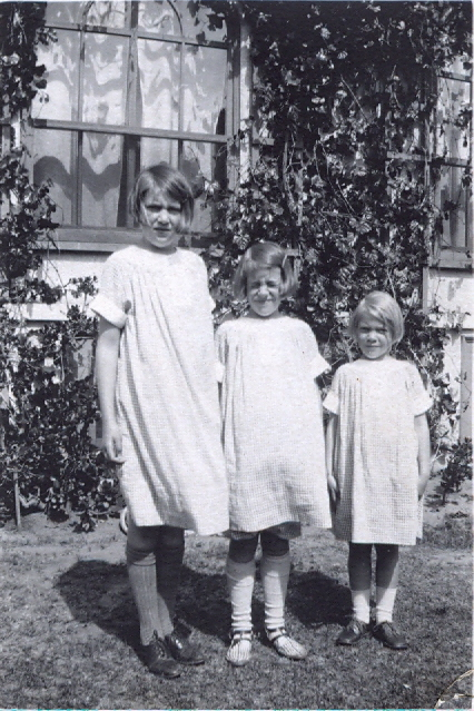 10 Mary Diana and Joan, Coronado, CA0003[2]