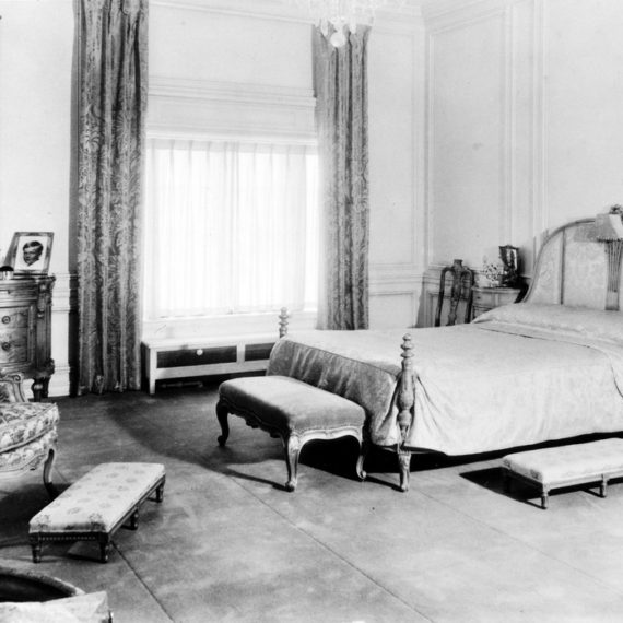 Master suite bedroom, circa 1926-1937.