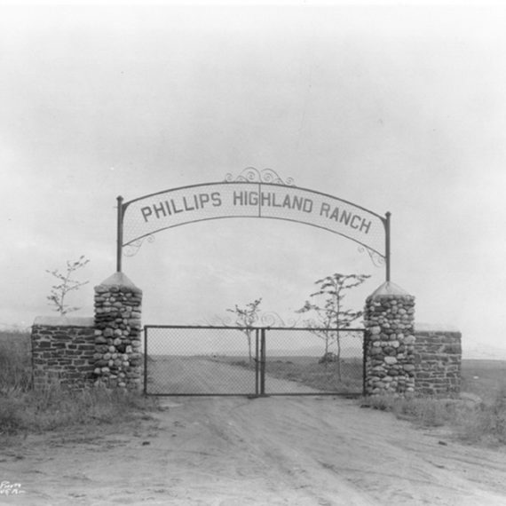Waite Phillips' entrance gate to the Highland Ranch property. Photo taken in 1920s.