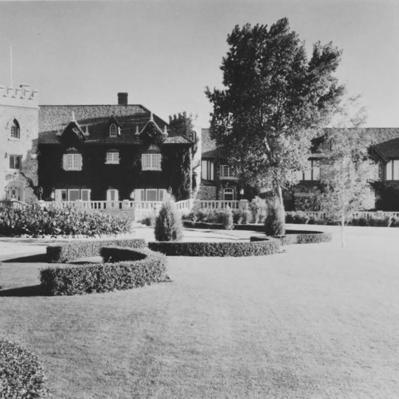 View of the Mansion's front facade showing Frank Kistler's 1929-1930 Tudor style renovation. Photo taken in the 1930s.